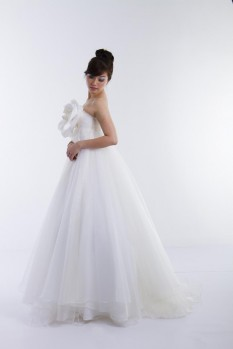 Wedding Dress silk organza ball gown side