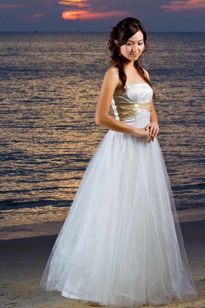 Wedding Dress tulle sweetheart neckline full