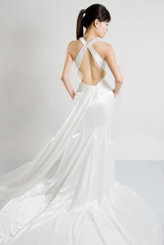 Wedding Dress key hole neckline low back back