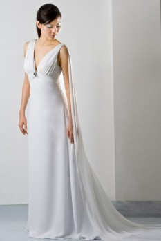Wedding dress deep V-neck chiffon front