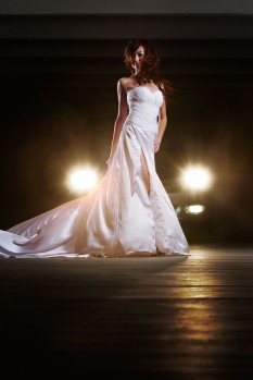 Wedding dress chiffon pleat high slit full